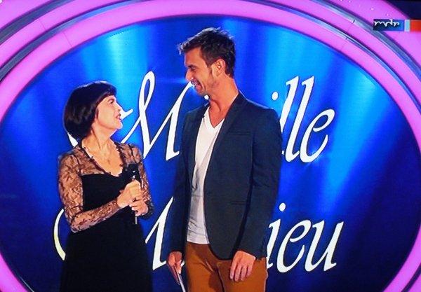 Bildernachlese  Mireille Mathieu bei Herbstfest der Träume ( Wiederholung MDR am 09.11.2013 )
