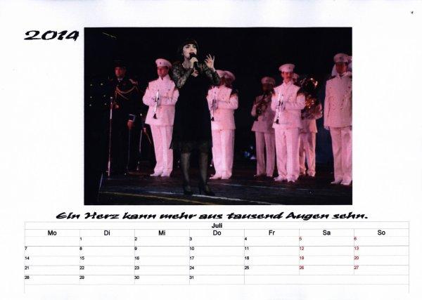 Kalender Mireille Mathieu Juli 2014
