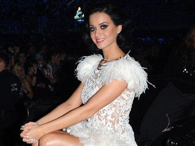Katy Perry: Elle chantera pour les Grammy Awards