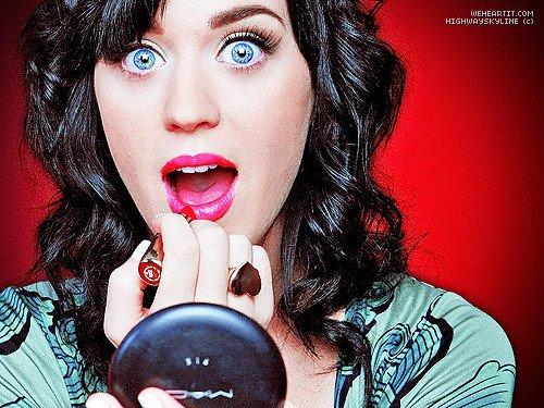 Katy Perry : Elle reprend un titre rap de Jay Z et Kanye West