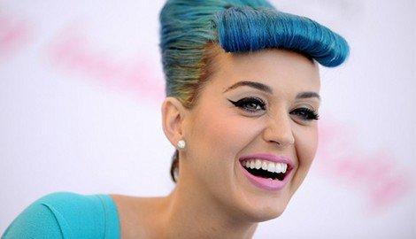 Katy Perry: Elle se brosse les dents six fois par jour