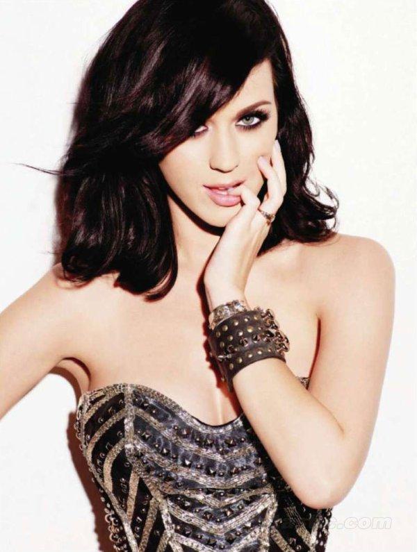 Katy Perry : Elle découvre une sextape de Russell Brand dans ses cartons