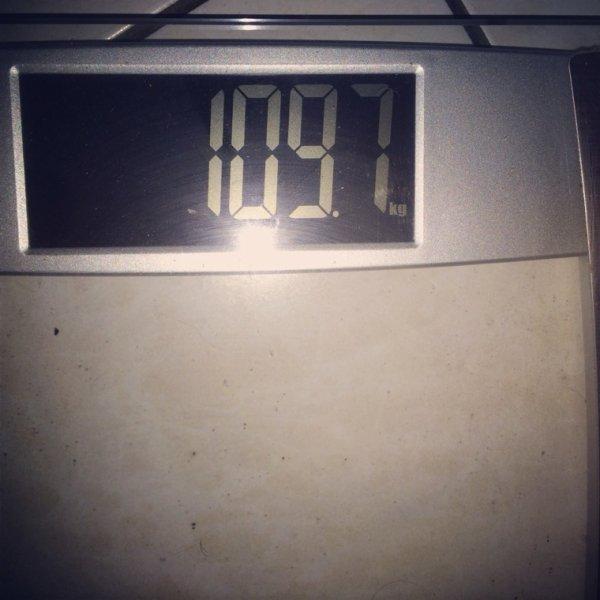 109,7kg
