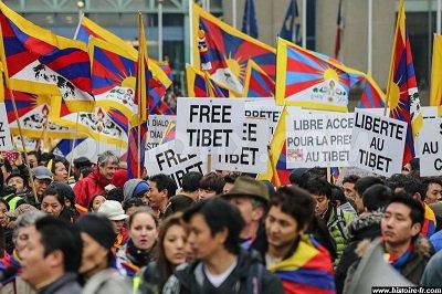 Le groupe « Anti-Dalaï Lama » se dissout après des investigations de Reuters sur le rôle de la Chine.