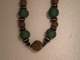 La pâte de verre dans les bijoux africains...qu'est-ce que c'est?
