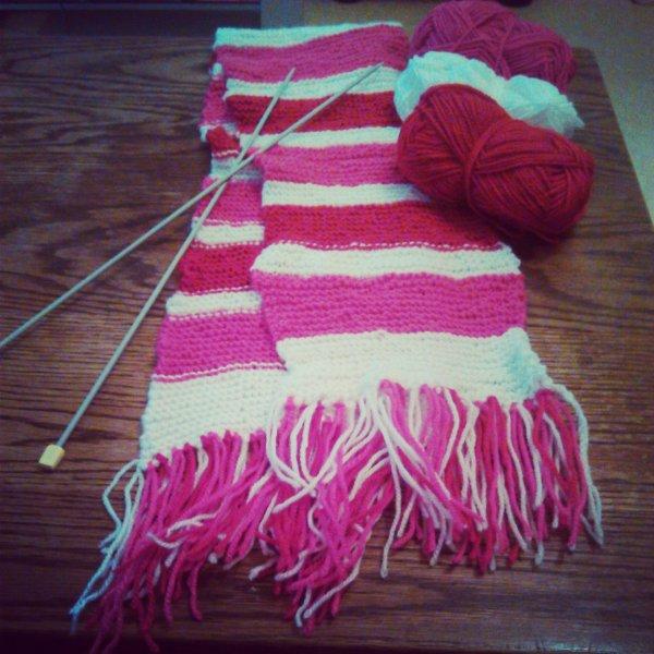 jai comencer le tricot, voici mon écharpe