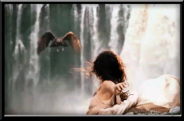 .Os amigos são anjos, anjos que Deus nos deu,obrigada por ser um desses anjos...
