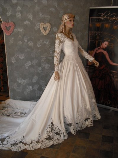 Location robe blanche sidi bel abbes
