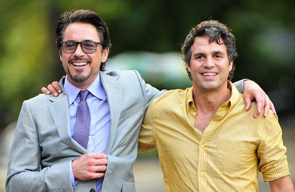 Robert with Mark Ruffalo ♥