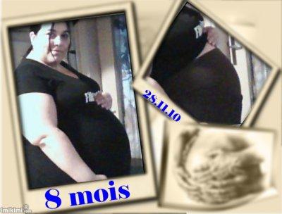 moi enceinte de 8 mois