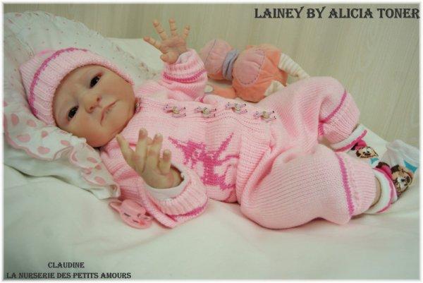 LAINEY DE ALICIA TONER, EDITION LIMITE 48/150 , ADOPTEE ( USA )