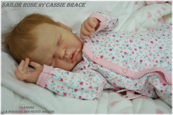 SAILOR ROSE DE CASSIE BRACE , ADOPTEE ( USA )