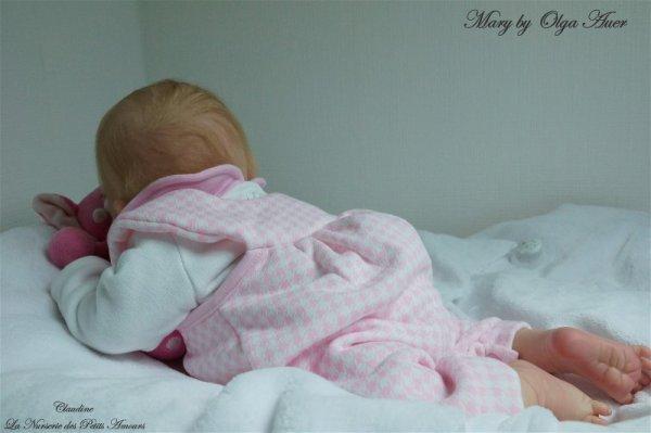 MARY DE OLGA AUER , ADOPTEE ( DANEMARK )