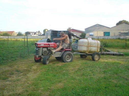 Voila mes tracteur tondeuse mf 12 pour pi ro blog de tracteur mini80210 - Mini tracteur tondeuse ...