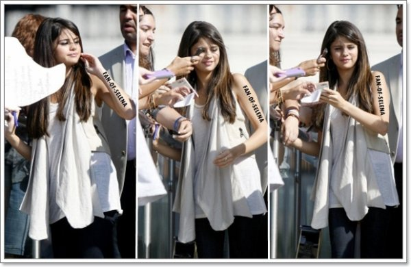 "16/06/11 : Selena Gomez devant les studios de ""Good Morning Texas"", Dallas"