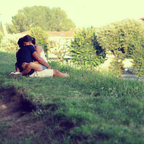 L'important c n'est pas d'étre en couple mais c'est de se sentir vraiment en couple ...♥♥