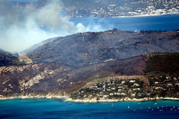 Le bilan des feux en cours, principalement, département 83.