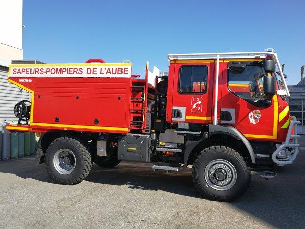 Camion citerne feux de forêts