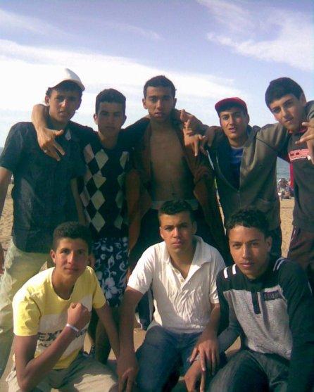 sisi DRARI a la plage d siadia ..Nhar Fàt wa3rrr== :p