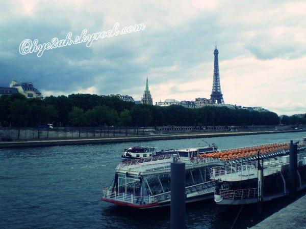 Paris le jour, Paris la nuit, sous soleil ou sous la pluie, Paris sera toujours... Paris !