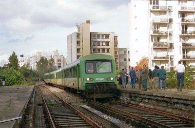 Un train affreté par le COPEF, au niveau du cour de vincennes !