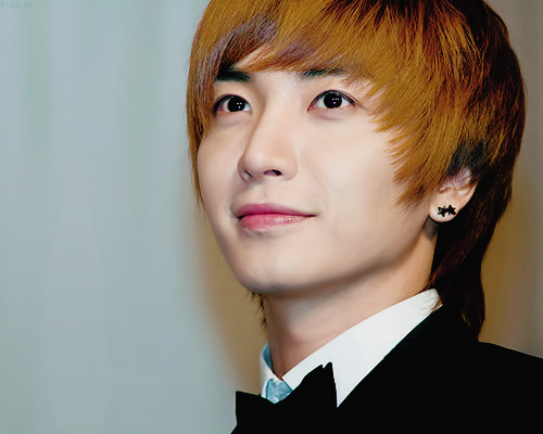 Happy Birthday Leeteuk !
