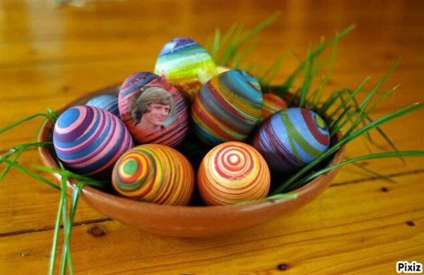 J'espère que vous avez passé de bonnes Pâques :) sous le soleil, quoi de mieux !! Gros bisous