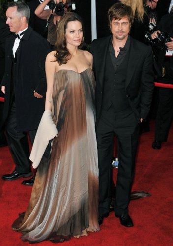 Angelina enceinte et Brad
