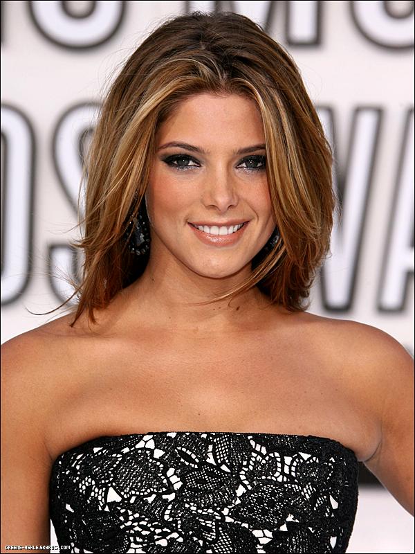 . 13 Sept. 2010   Aux MTV Vidéos Music Awards 2010.   .