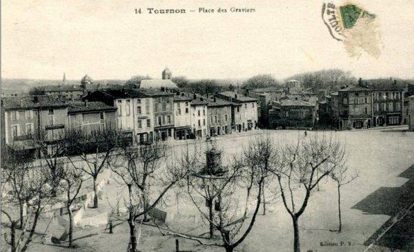 la Place des Graviers