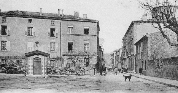 Rue Tiers