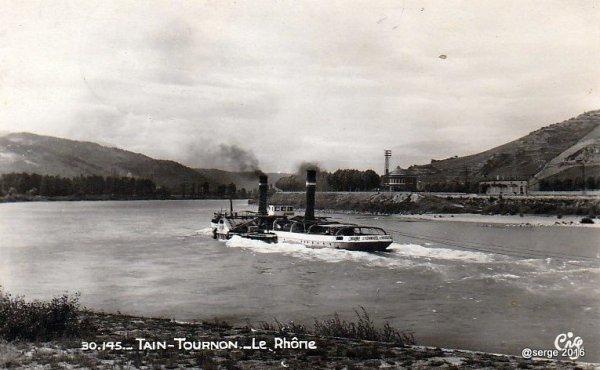 Bateau sur le Rhône