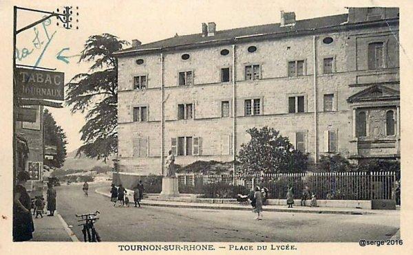 Lycée de Garçons