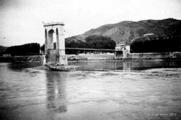 Pont détruit par les resistant en 1944