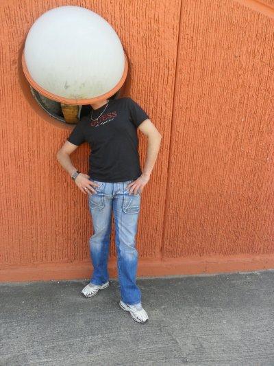 """moi en week end a Verone en Italie """"balcon de Romeo et Juliette"""" Mai 2011"""