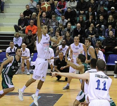 Basket-ball Le FCM Basket plus que jamais leader de la Nationale 3