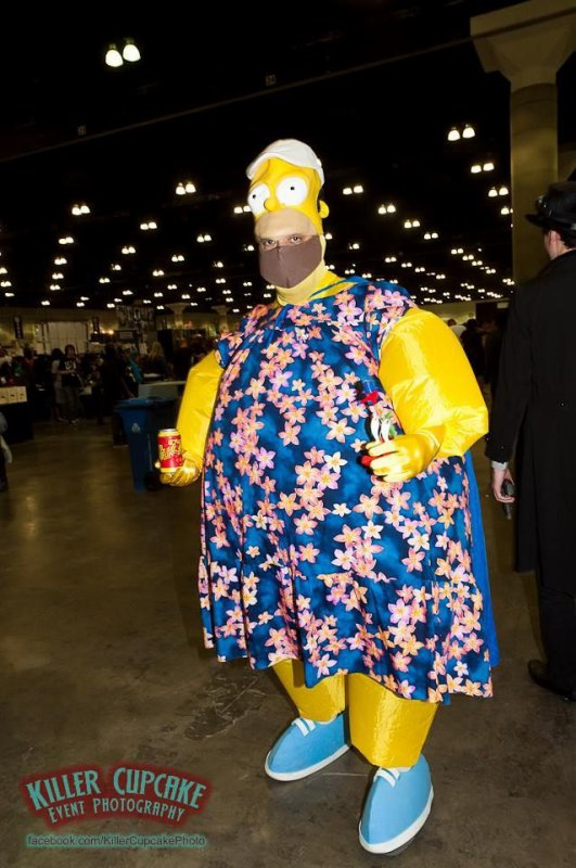 Cosplay Homer Simpson