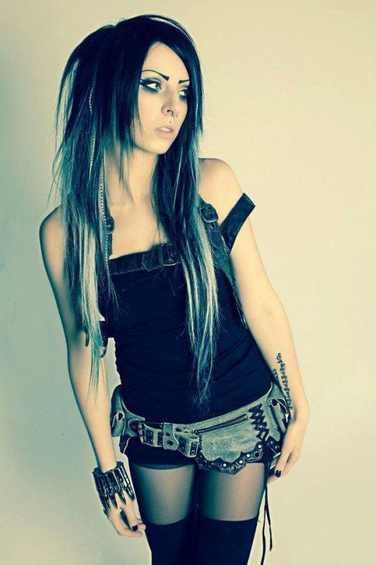 Nicole Lazuli modèle alternatif