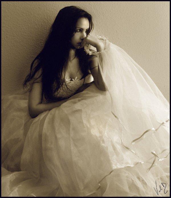 Valentina Kallias pour Dorian....çà devrait te plaire ^^