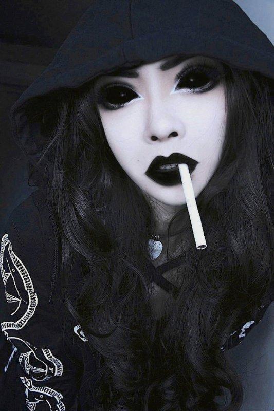 Pour Gothic--Ink....Gros bisous et bon week -end à toi