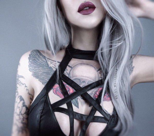 Juste pour la beauté des tatouages...