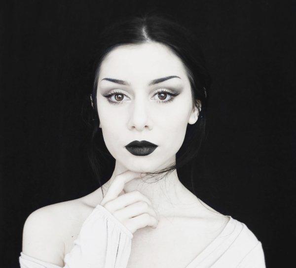 Pour une jolie Sabine....Quelques tofs en noir et blanc ...Gros poutoux