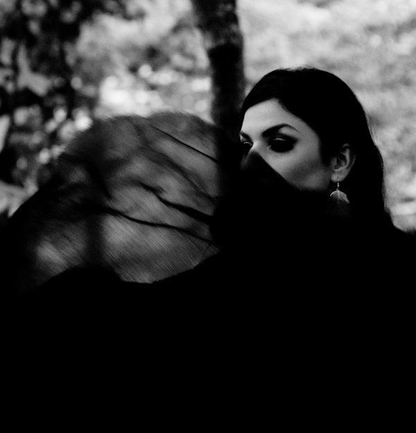 «La mort est quelque chose que l'on doit craindre, car pendant que l'on vit, elle n'est pas là, et quand elle est là, on ne vit plus.» – Antonio Machado–
