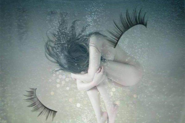 La jalousie d'autrui peut rendre ceux-ci très méchant vis à vis de vous mêmes....