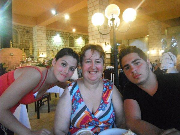 Au restaurant de l'hôtel