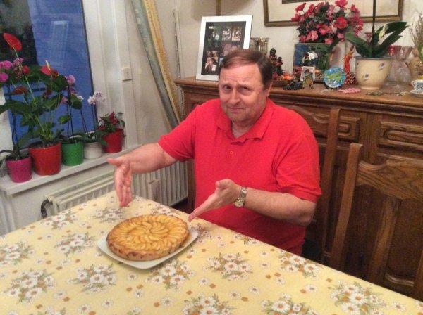 Tarte aux pommes réalisée par mon mari pour mon anniversaire