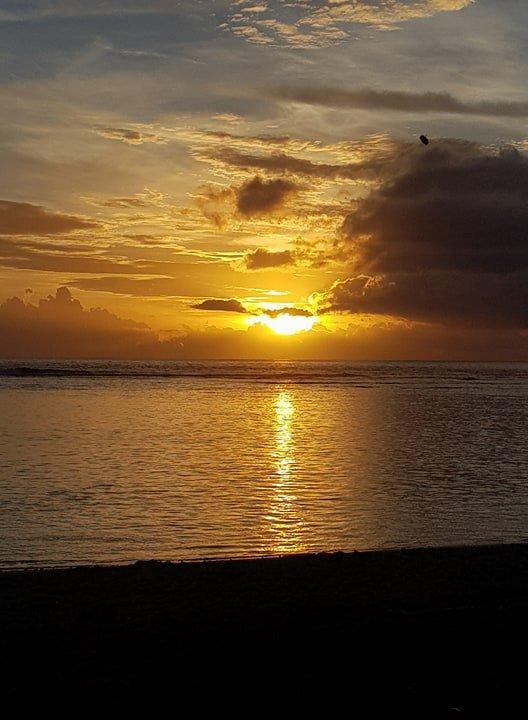 Ma fille et son copain partis pour l'île de la Réunion le dimanche 01/04/18 2