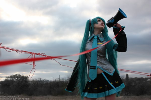Miku Hatsune - Vocaloid (love is war)