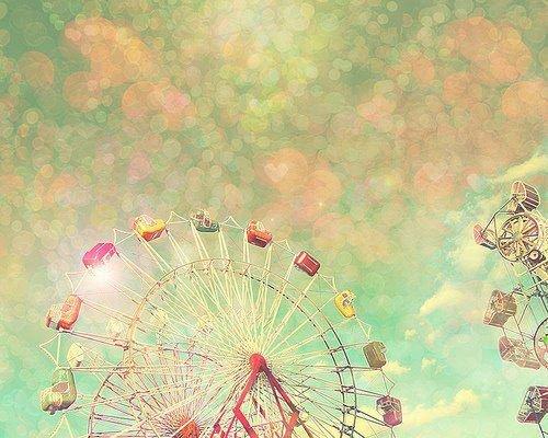 Avec une épine de rose, je m'ouvrirai les veines et avec mon sang, je t'écrirai je t'aime. - Anonyme