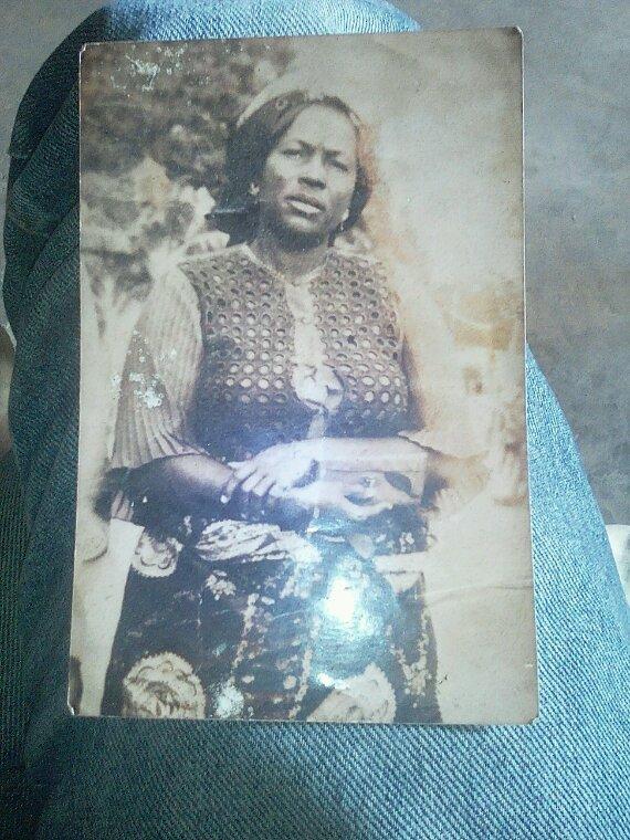 Souvenir de ma mere Kofo LIONGA Sophiane
